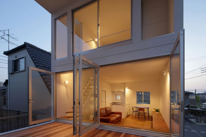 Little-Open-Air-House-with-a-big-Terrace-in-Tokyo-by-Takuro-Yamamoto-17