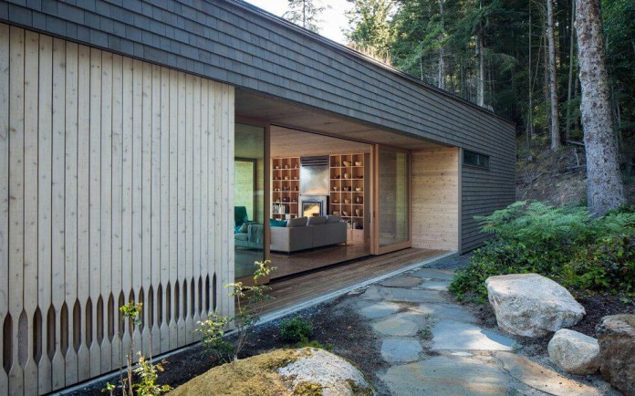 Lone-Madrone-Forrest-Retreat-by-Heliotrope-Architects-08