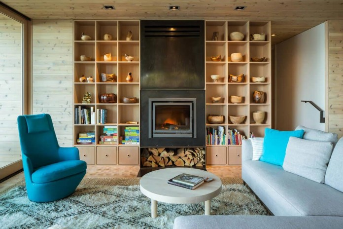 Lone-Madrone-Forrest-Retreat-by-Heliotrope-Architects-15