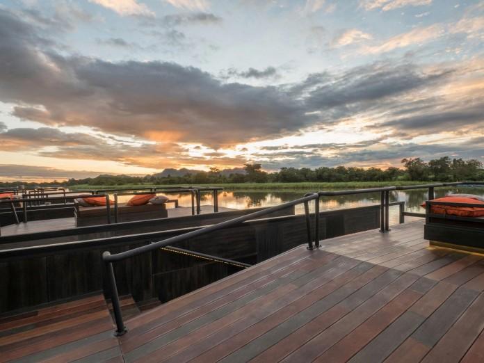 Lush-and-mountainous-landscape-of-X-Float-residences-on-River-Kwai-Bridge-by-Agaligo-Studio-10