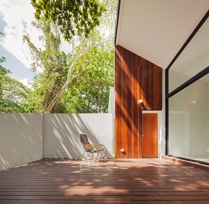 Mae-Kao-Canal-House-by-EKAR-&-Full-Scale-Studio-10