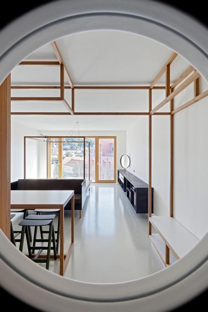Minimalist-Guest-Apartment-in-Prague-by-Mjolk-Architects-&-DDAANN-03