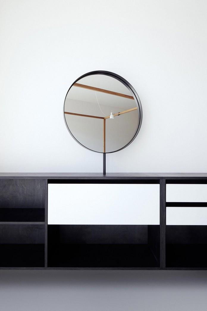 Minimalist-Guest-Apartment-in-Prague-by-Mjolk-Architects-&-DDAANN-08