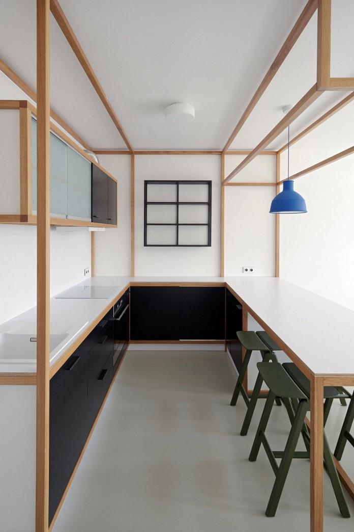 Minimalist-Guest-Apartment-in-Prague-by-Mjolk-Architects-&-DDAANN-11