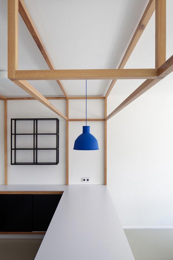 Minimalist-Guest-Apartment-in-Prague-by-Mjolk-Architects-&-DDAANN-13