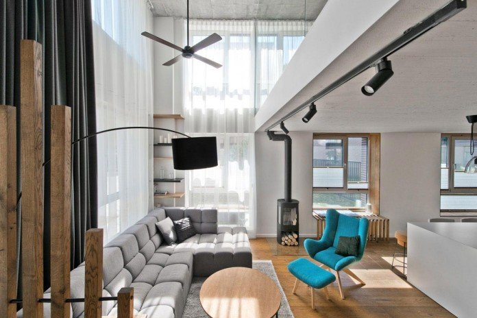 Modern-Scandinavian-loft-interior-of-Loft-Town-by-InArch-03