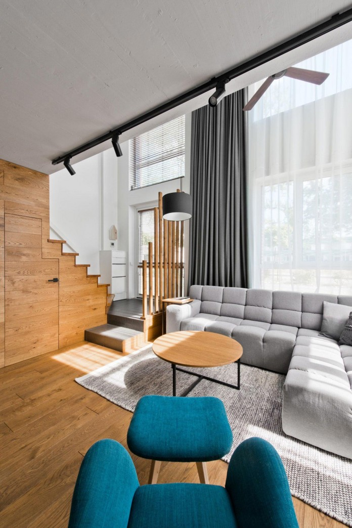 Modern-Scandinavian-loft-interior-of-Loft-Town-by-InArch-09