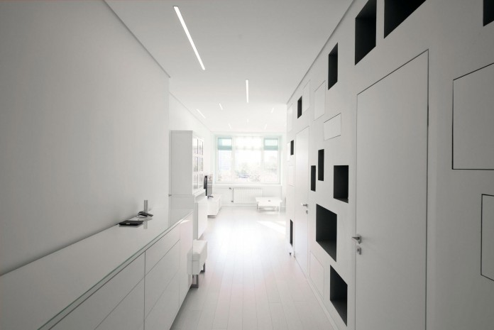 Modern-fully-white-apartment-in-Moscow-by-Shamsudin-Kerimov-02