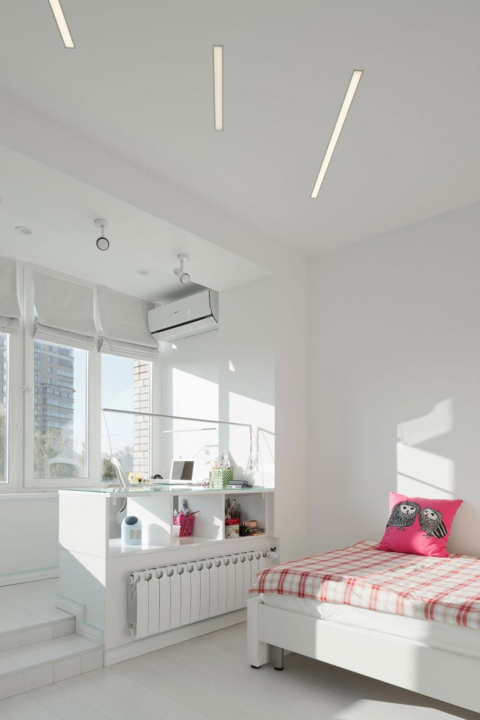 Modern-fully-white-apartment-in-Moscow-by-Shamsudin-Kerimov-24