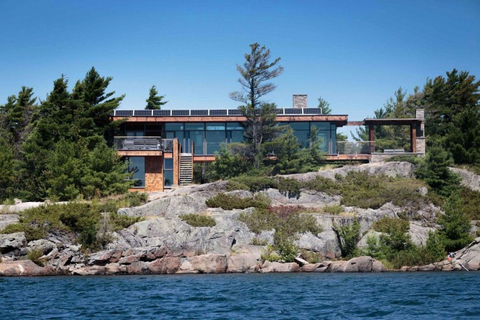 Monument-Channel-Cottage-by-CORE-Architects-01