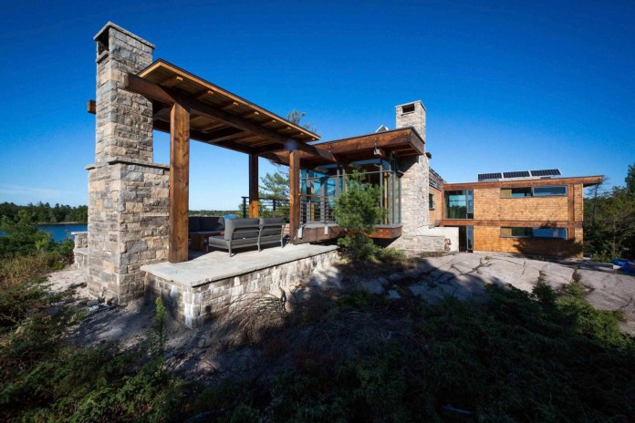 Monument-Channel-Cottage-by-CORE-Architects-03