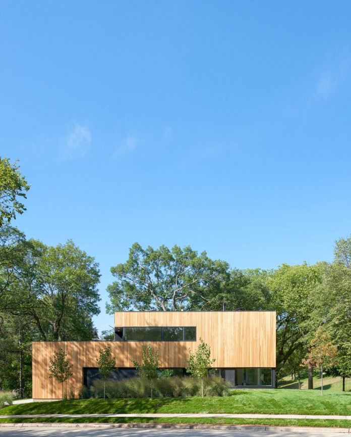 Nordic-Light-home-covered-in-wood-and-designed-by-D-O-05