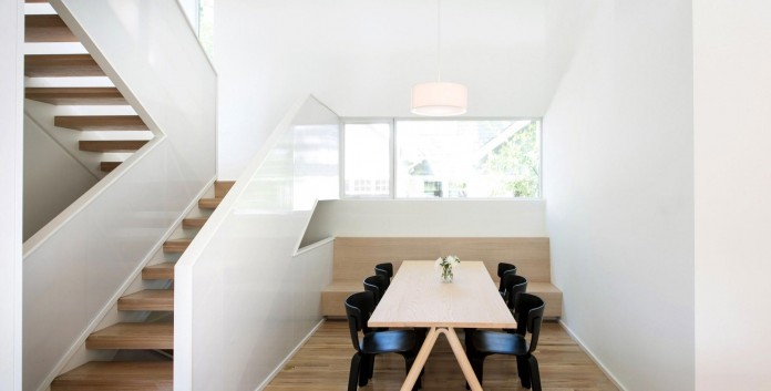Nordic-Light-home-covered-in-wood-and-designed-by-D-O-13