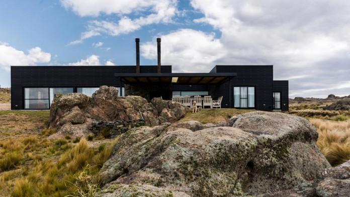 Pampa-House-by-Mariana-Palacios-04