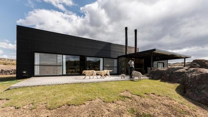 Pampa-House-by-Mariana-Palacios-05