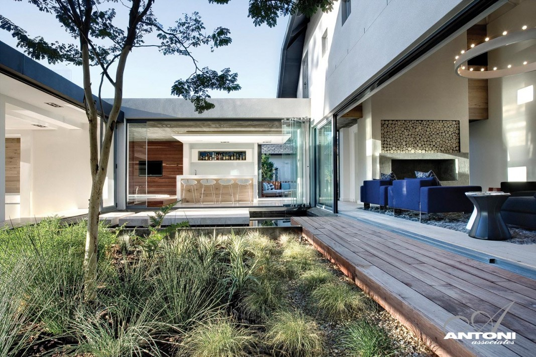 Pearl Valley 334 by SAOTA