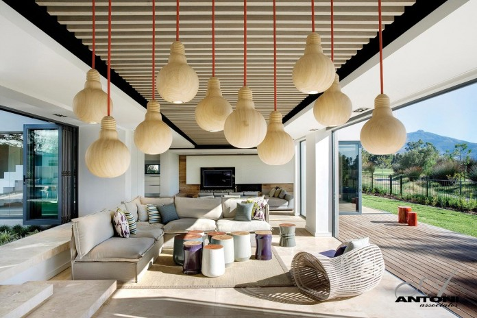 Pearl-Valley-334-by-SAOTA-10