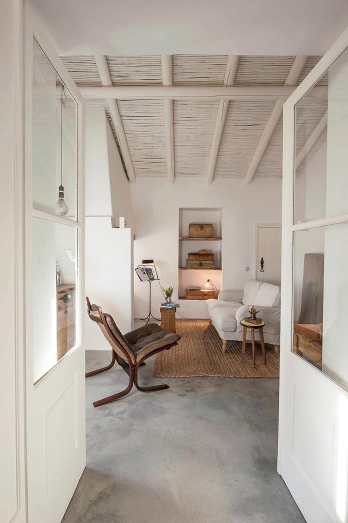 Pensao-Agricola-in-Tavira-by-Atelier-Rua-10