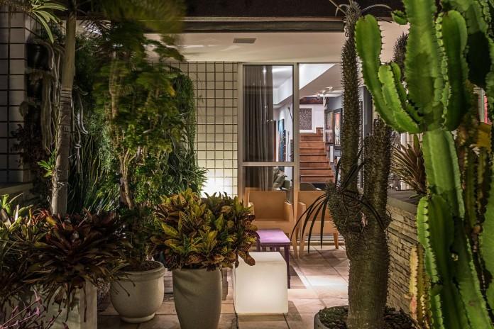 Rooftop-Penthouse-In-Belo-Horizonte-by-Celeno-Ivanovo-14