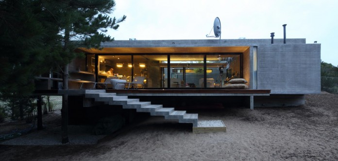 S-S-Summer-House-by-Besonias-Almeida-arquitectos-22