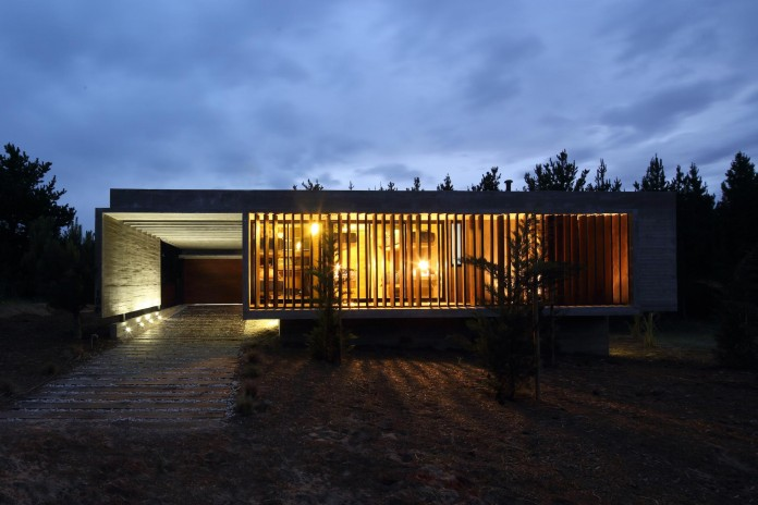 S-S-Summer-House-by-Besonias-Almeida-arquitectos-23