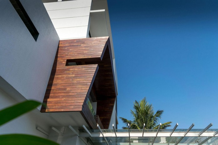 Single-Family-Bungalow-blends-modern-Western-aesthetics-with-Indian-taste-and-sensibilities-by-Skyward-Inc-02