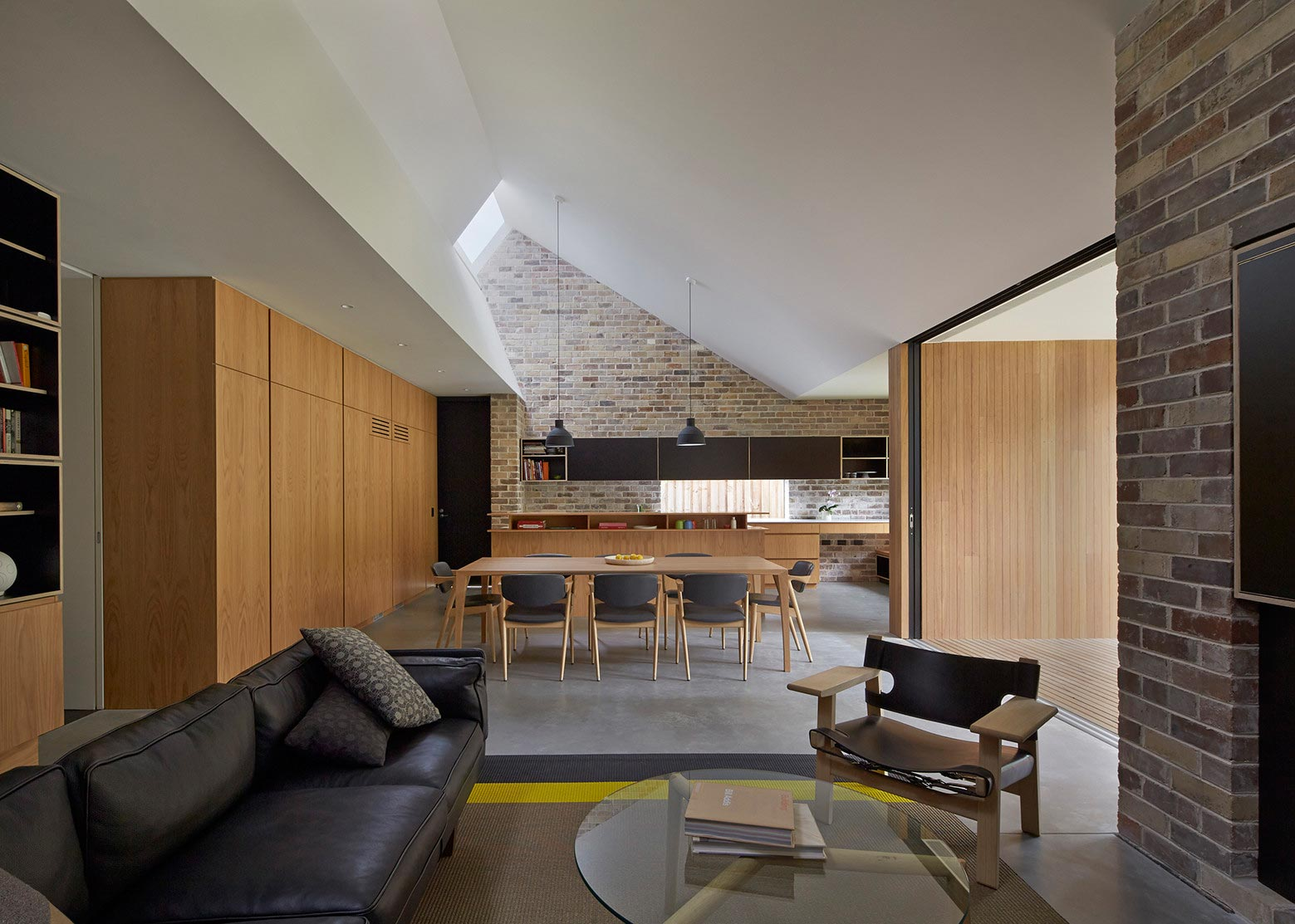 Skylight house by andrew burges architects caandesign for Skylight home