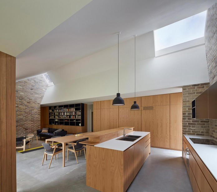 Skylight-House-by-Andrew-Burges-Architects-04