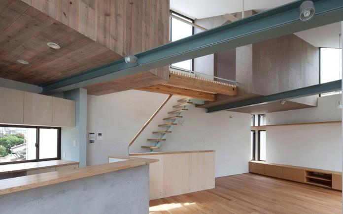 Small-House-with-Floating-Treehouse-by-Yuki-Miyamoto-Architect-09