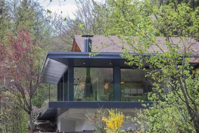 Solelya-chalet-near-Les-Houches-by-Chevallier-Architectes-03