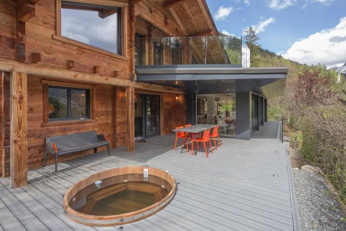 Solelya-chalet-near-Les-Houches-by-Chevallier-Architectes-09
