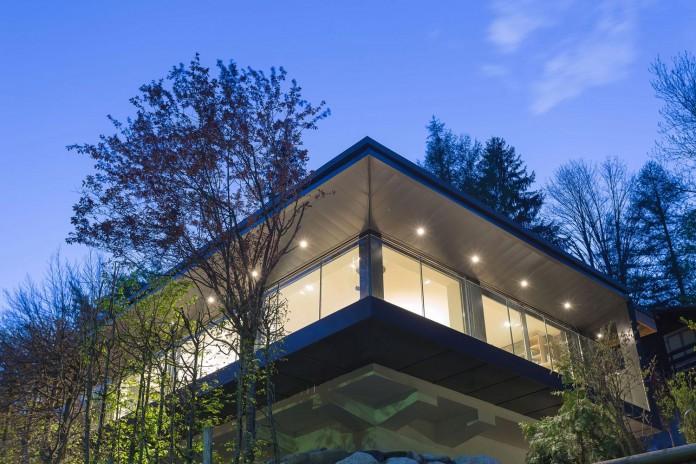 Solelya-chalet-near-Les-Houches-by-Chevallier-Architectes-26