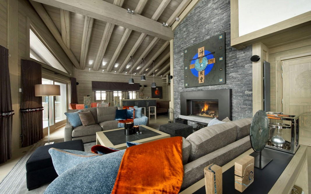 Sophisticated, technically savvy and gorgeous Panmah Chalet in Courchevel