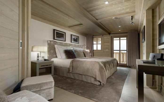 Sophisticated,-technically-savvy-and-gorgeous-Panmah-Chalet-in-Courchevel-05