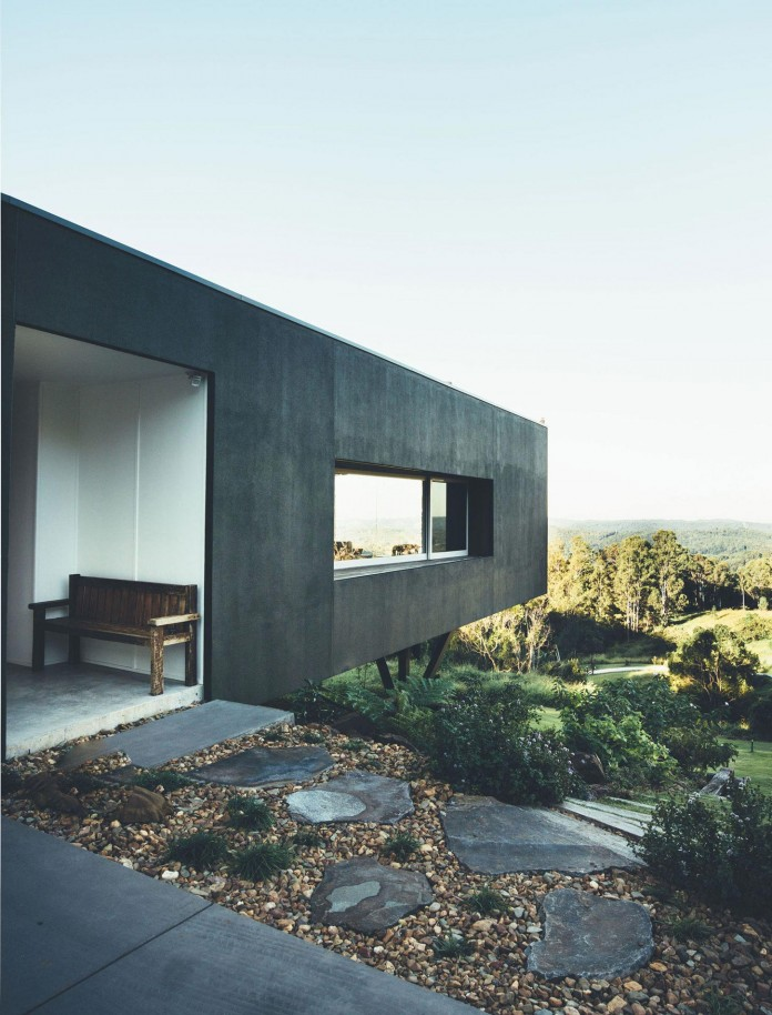 Stealth-Eco-Friendly-Home-on-the-Sunshine-Coast-by-Teeland-Architects-04