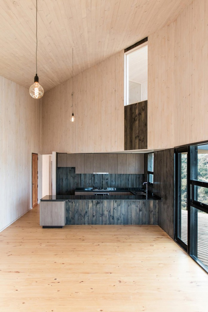 Stranded-House-with-open-space-for-living-room-dining-room-and-kitchen-by-WHALE-09
