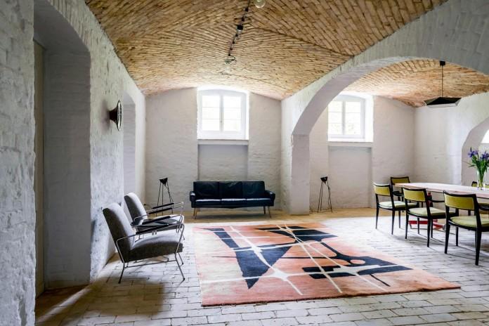 Summer-Apartment-Near-Berlin-by-Loft-Szczecin-04
