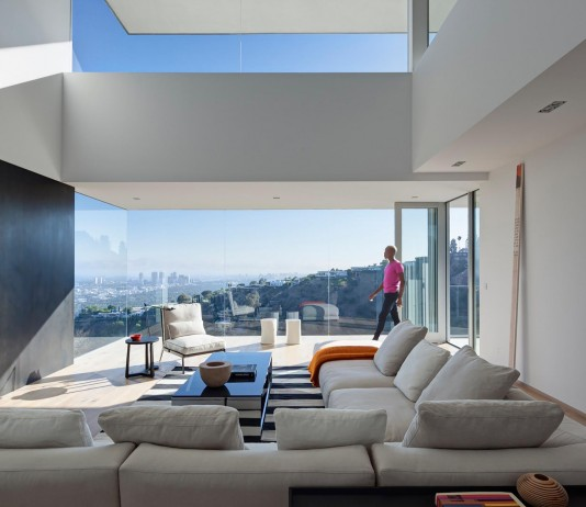 Sunset Plaza Drive Contemporary Residence by GWdesign