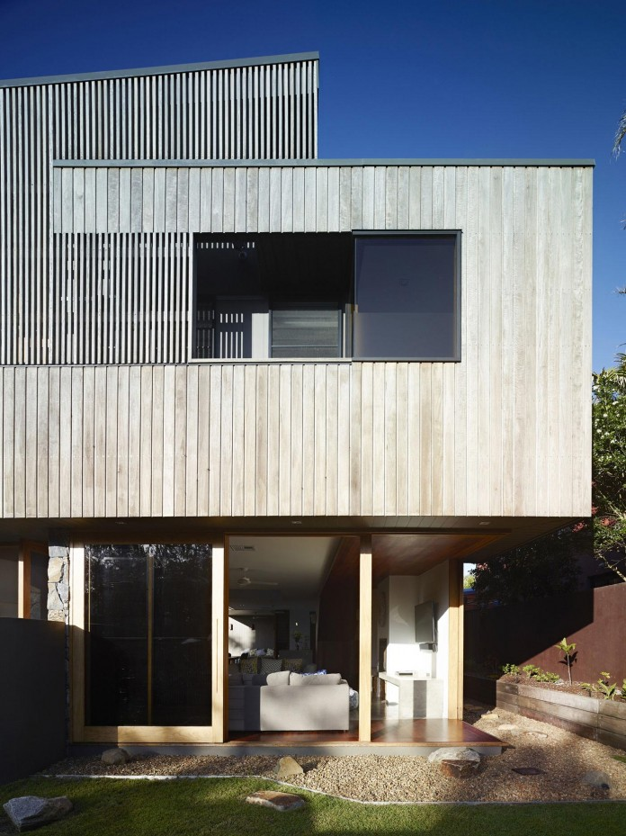 Sunshine-Beach-House-by-Shaun-Lockyer-Architects-01