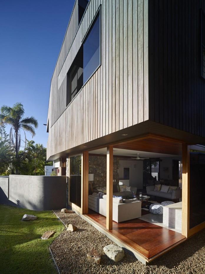 Sunshine-Beach-House-by-Shaun-Lockyer-Architects-03