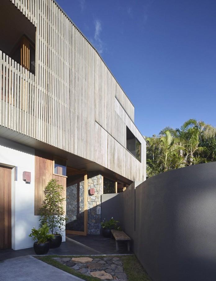Sunshine-Beach-House-by-Shaun-Lockyer-Architects-04