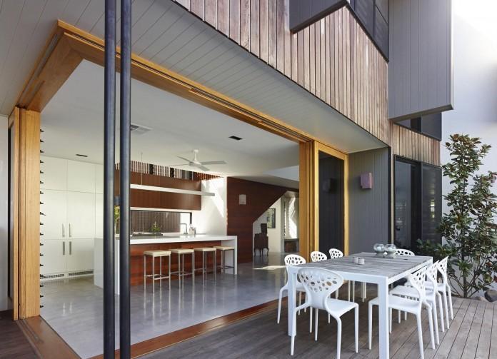 Sunshine-Beach-House-by-Shaun-Lockyer-Architects-06