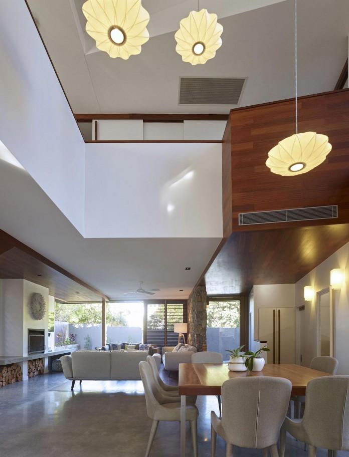 Sunshine-Beach-House-by-Shaun-Lockyer-Architects-12