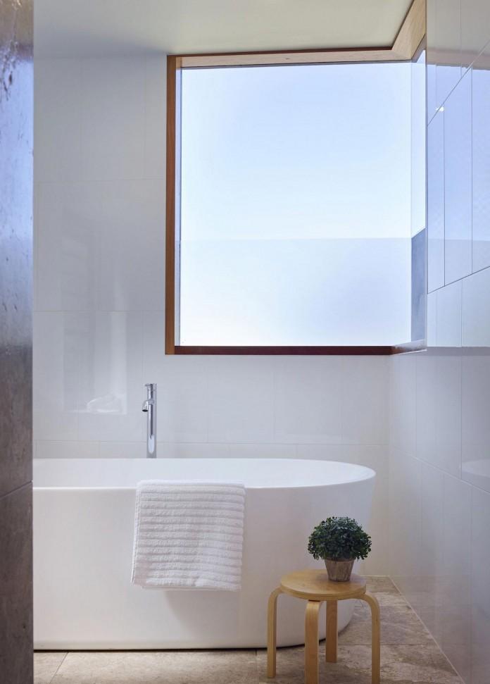 Sunshine-Beach-House-by-Shaun-Lockyer-Architects-16