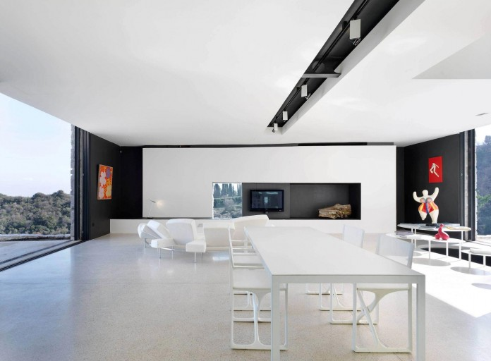 The-Boucquillon-house-in-the-rock-by-Michel-Boucquillon-&-Donia-Maaoui-07