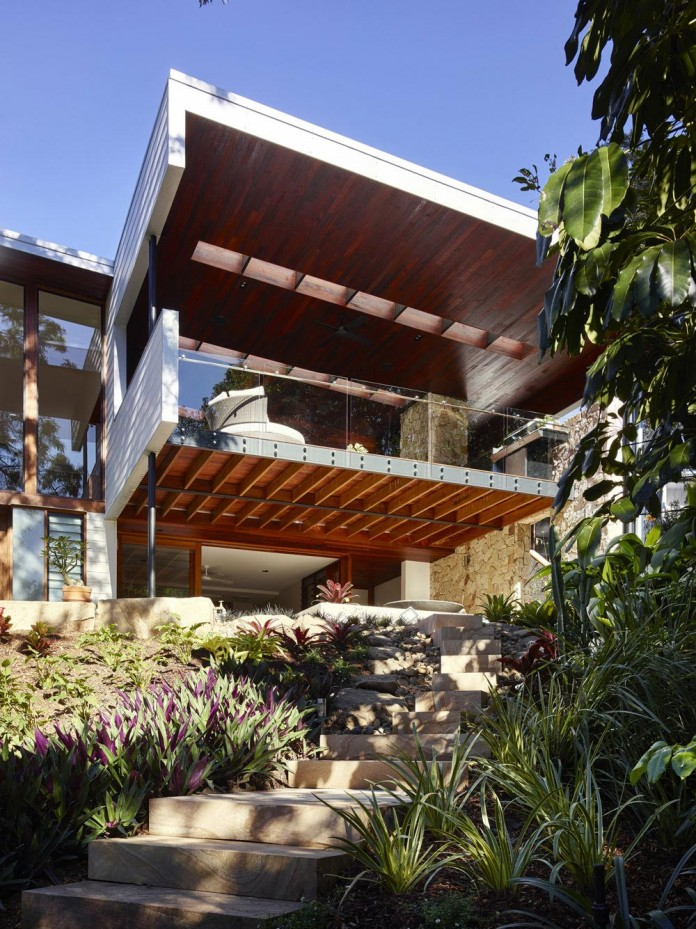 The-Creek-House-by-Shaun-Lockyer-Architects-02