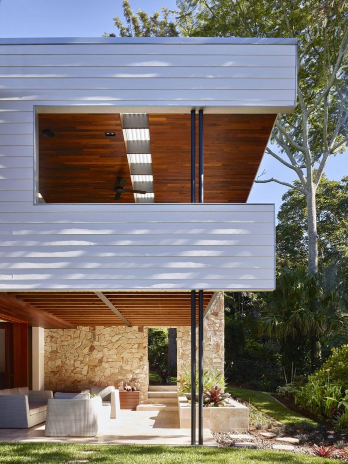 The-Creek-House-by-Shaun-Lockyer-Architects-04