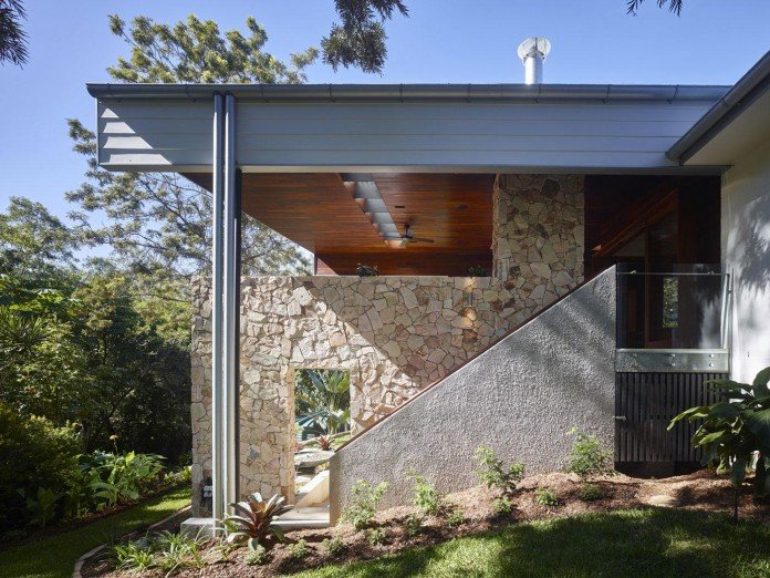 The-Creek-House-by-Shaun-Lockyer-Architects-06