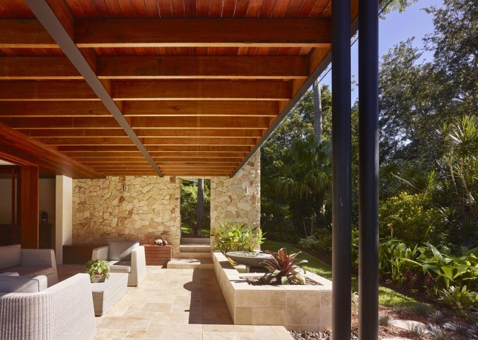 The-Creek-House-by-Shaun-Lockyer-Architects-07