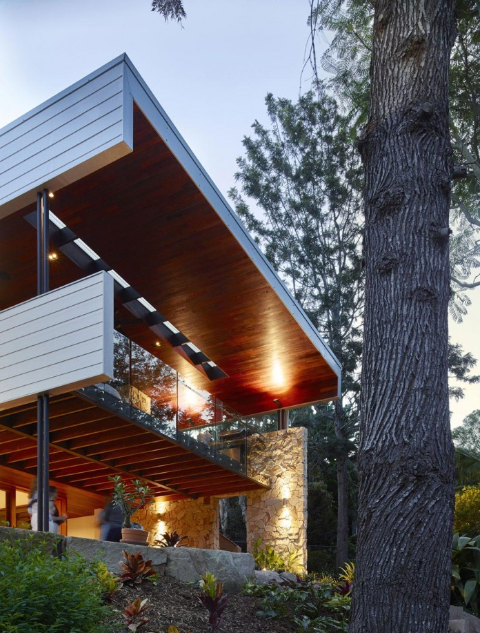 The-Creek-House-by-Shaun-Lockyer-Architects-15